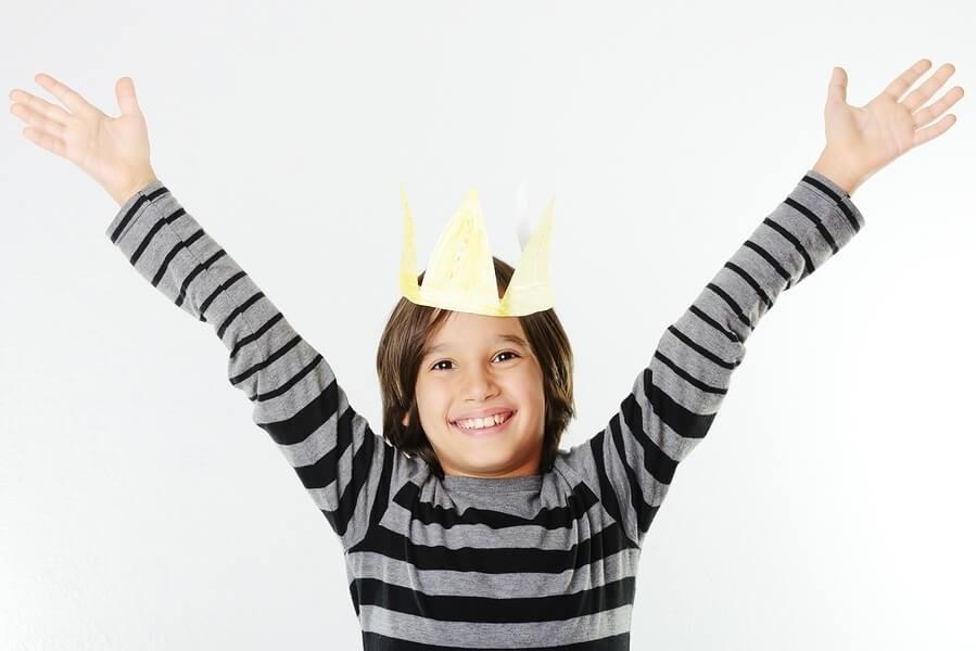 корона-мальчик